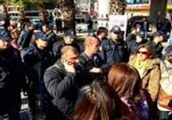 8 kadın gözaltına alındı