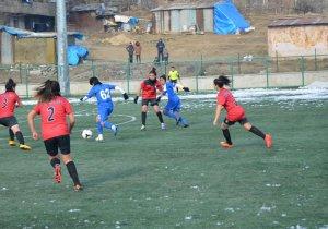 Hakkari Gücü Kadın Futbol takımından rahat galibiyet