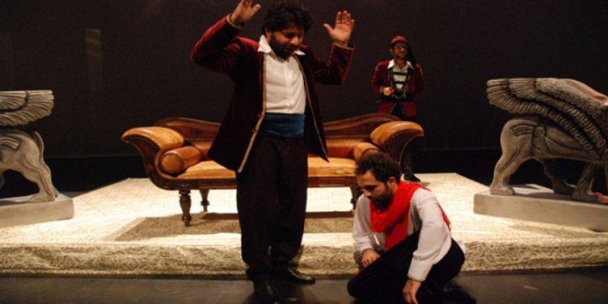 Amed Şehir Tiyatrosu İstanbul'da!