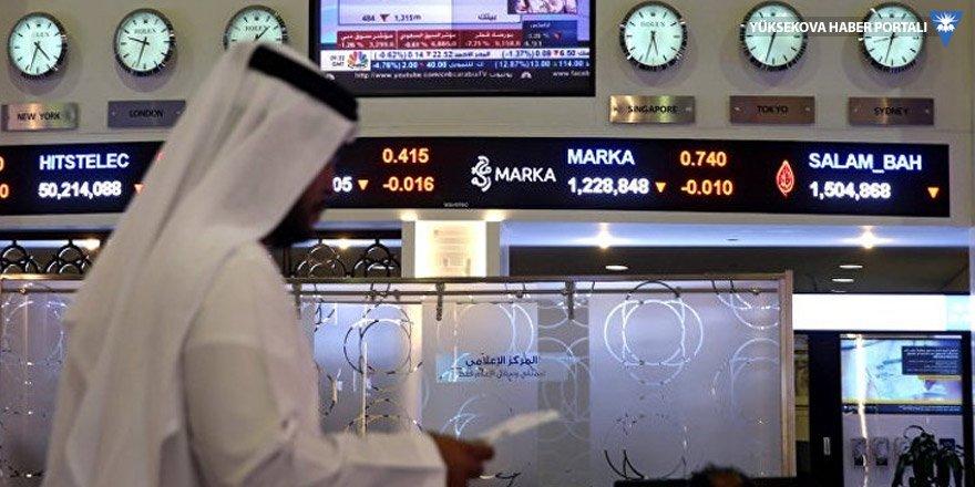 Katar'a bankalardan boykot