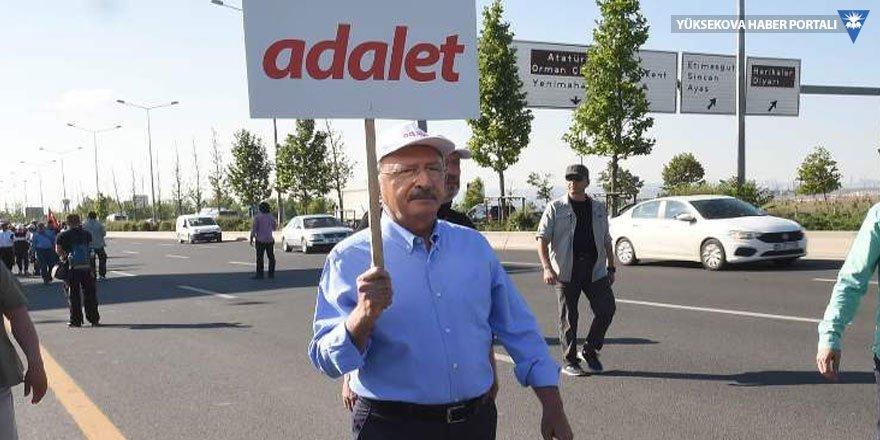 Kılıçdaroğlu: Darbeyi de sokağa çıkanlar püskürttü