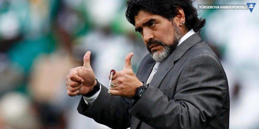 Futbol efsanesi Maradona hayatını kaybetti