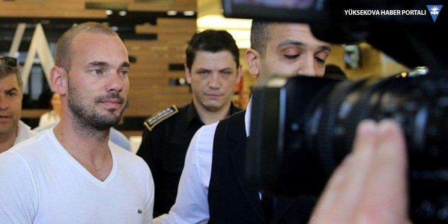 Sneijder giderayak 'Belhanda' dedi