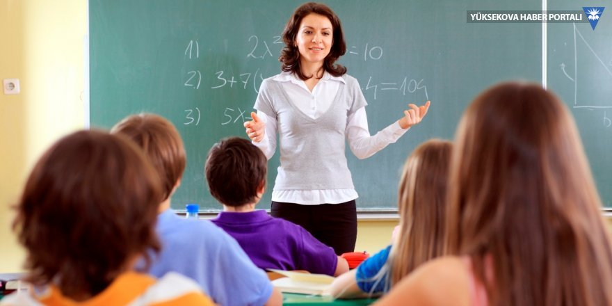 Öğretmenler kendi branşlarında sınıfta kaldı