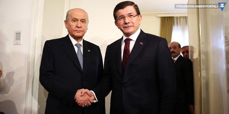 AK Parti'den MHP'ye Davutoğlu eleştirisi