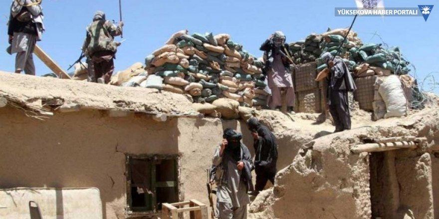 Afganistan'da saldırı: Taliban en az 30 polisi öldürdü