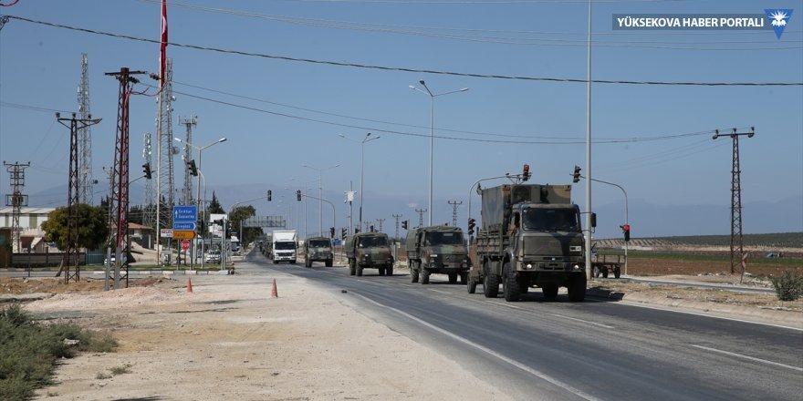 TSK'den İdlib sınırına askeri sevkiyat