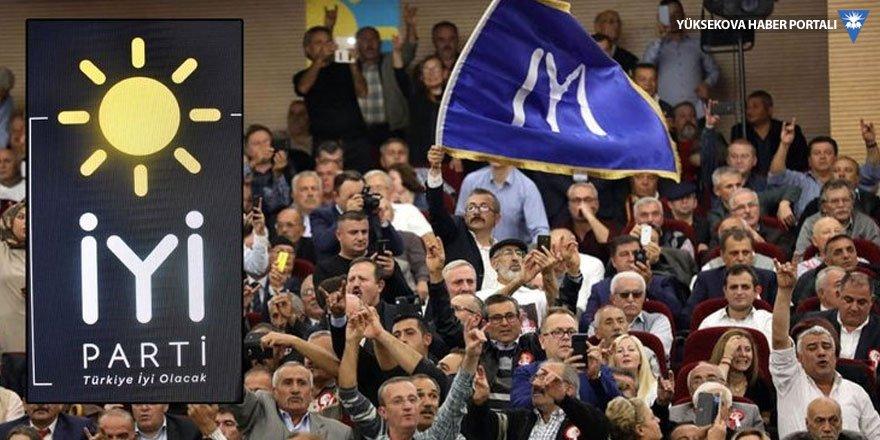 İYİ Parti: Önce papaz, sonra konsolos uçan uçana