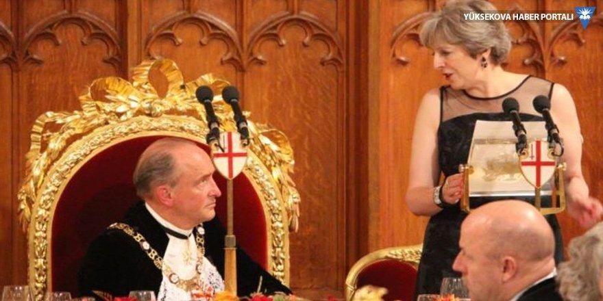 İngiltere'den Rusya'ya: Ne yaptığınızı biliyoruz