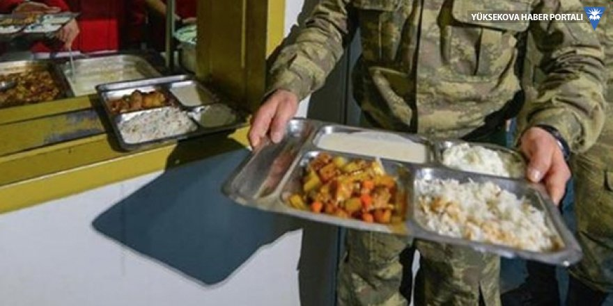 Milli Savunma Bakanı açıkladı; askere yemek verecek şirket belli oldu