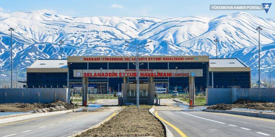 Yüksekova'da uçuşlara yağış engeli