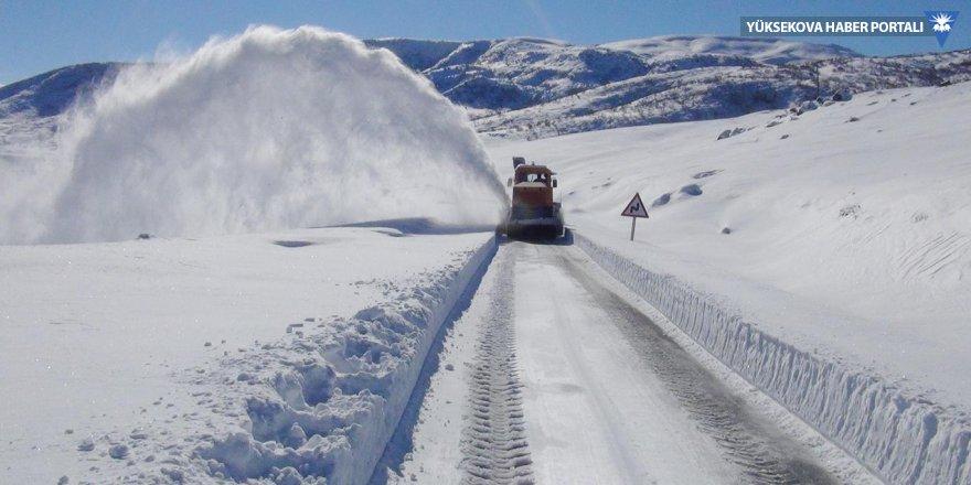 650 köy yolu ulaşıma kapandı