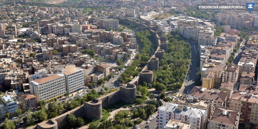 Diyarbakır: 946 gün HDP, 881 gün kayyım, 141 gün HDP, bir kez daha kayyım...