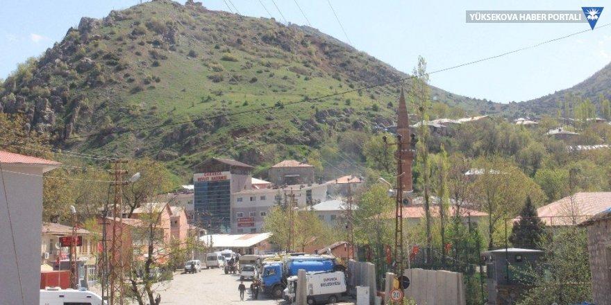 Çukurca'da köyde vurulan anne öldü, oğlu ise ağır yaralandı