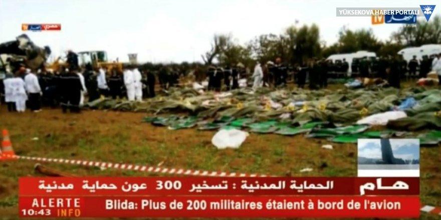 Cezayir'de askeri uçak düştü: 250'den fazla ölü var