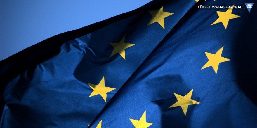 AB Kosova'ya vizeyi kaldırdı