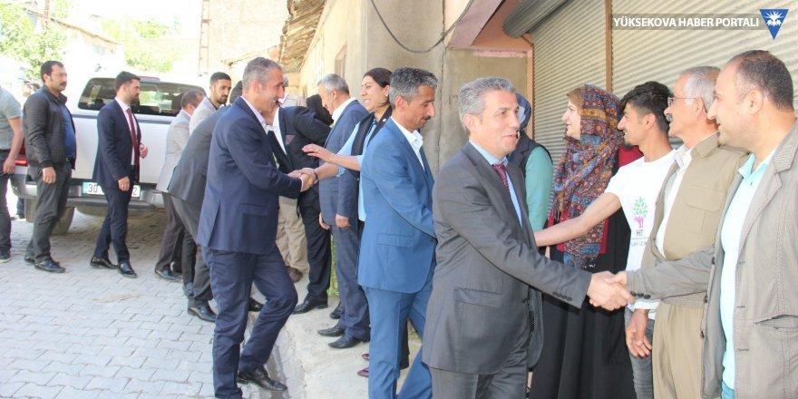 HDP heyeti Şemdinli esnafını ziyaret etti