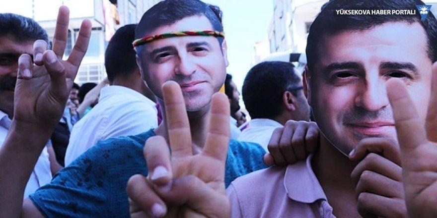 Demirtaş New York Times'a yazdı: Türkiye'de cumhurbaşkanlığı için yarışıyorum; hücremden...