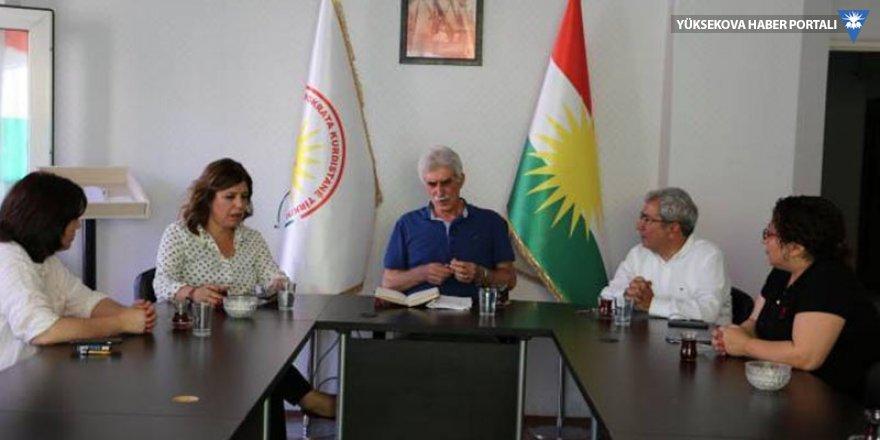 HDP heyeti Diyarbakır'daki Kürt partilerini ziyaret etti