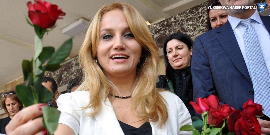 Pınar Aydınlar tahliye edildi