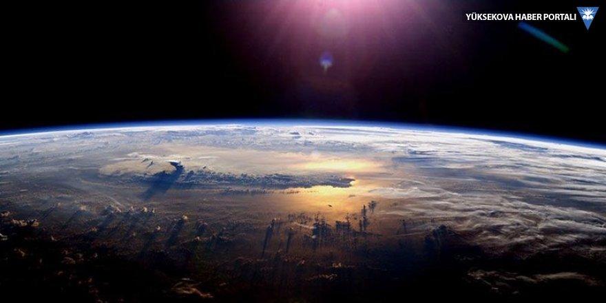 Dünya'nın hızı bugün 3 bin 600 km yavaşlayacak