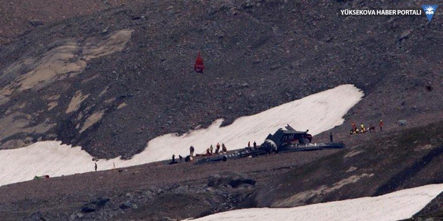 İsviçre Alpleri'ne düşen uçakta 20 kişinin cenazesine ulaşıldı