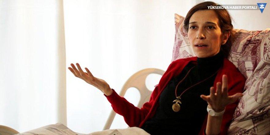 Gözaltındaki Nuriye Gülmen serbest bırakıldı