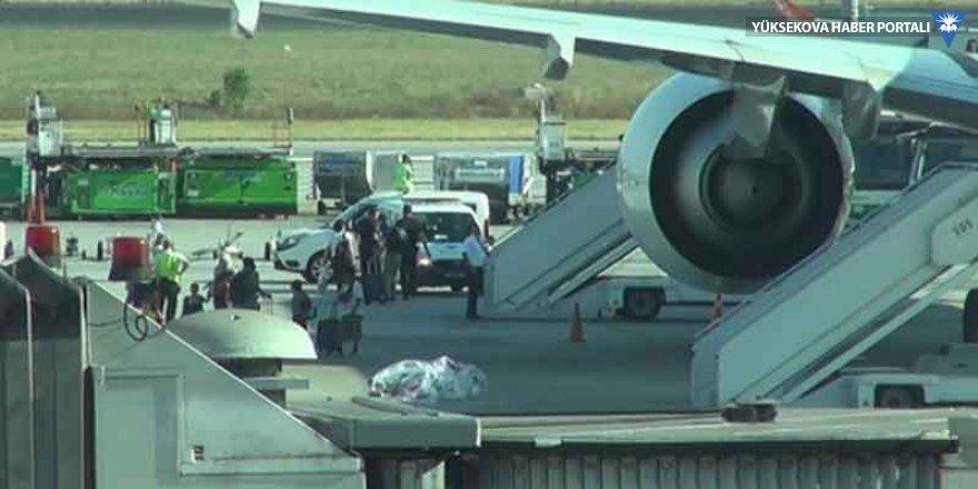 Uçağın tuvaletinde sigara içen yolcuya rekor ceza