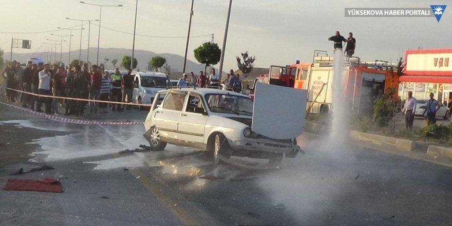 Van'da 3 aracın karıştığı kazada 5 kişi yaralandı
