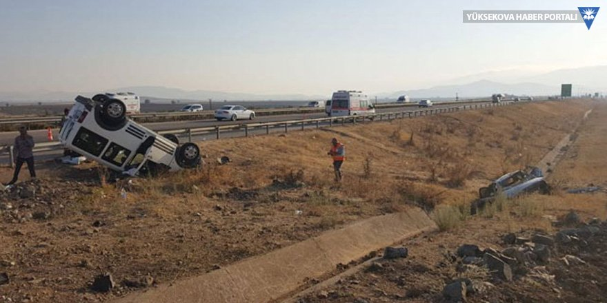 Nurdağı'nda trafik kazası: 16 yaralı