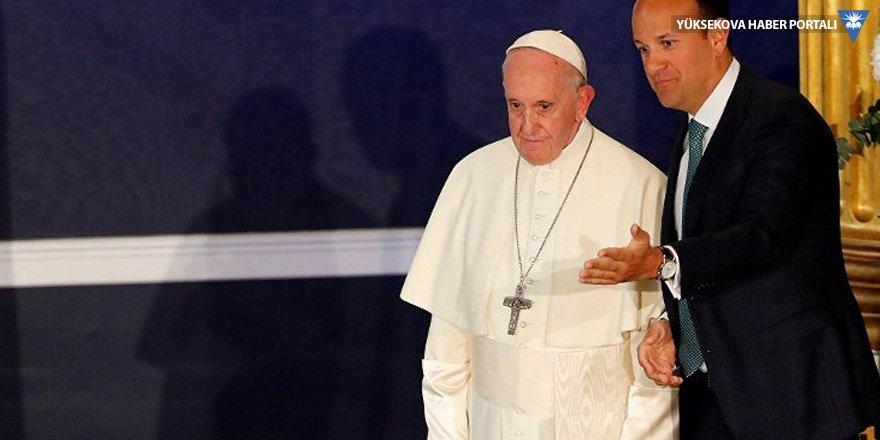 Papa İrlanda'da: Kilisenin cinsel istismarından utanıyorum