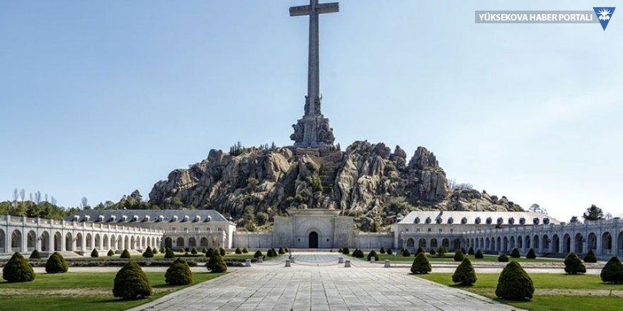 Faşist Franco'nun kemikleri anıt mezardan çıkarılacak