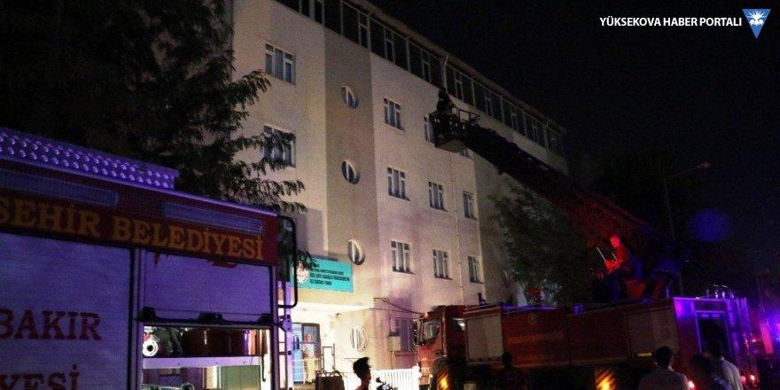 Diyarbakır'da kız öğrenci yurdunda yangın