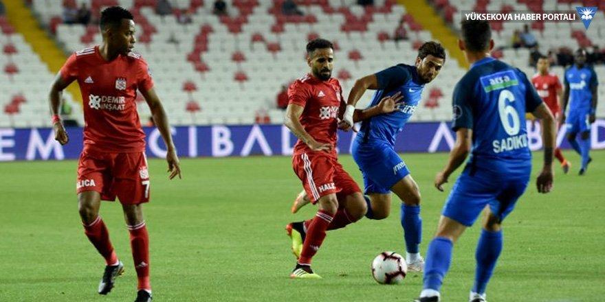 Demir Grup Sivasspor: 0 - Kasımpaşa: 3