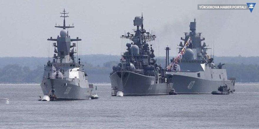 Rusya'dan İdlib çıkarması: 10 savaş gemisi gönderildi