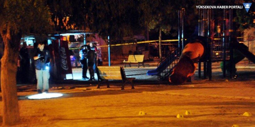 Çocuk parkına ateş açıldı: 2'si çocuk 3 yaralı