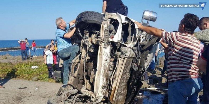 Karadeniz sahil yolunda kaza: 3 ölü, 1 yaralı