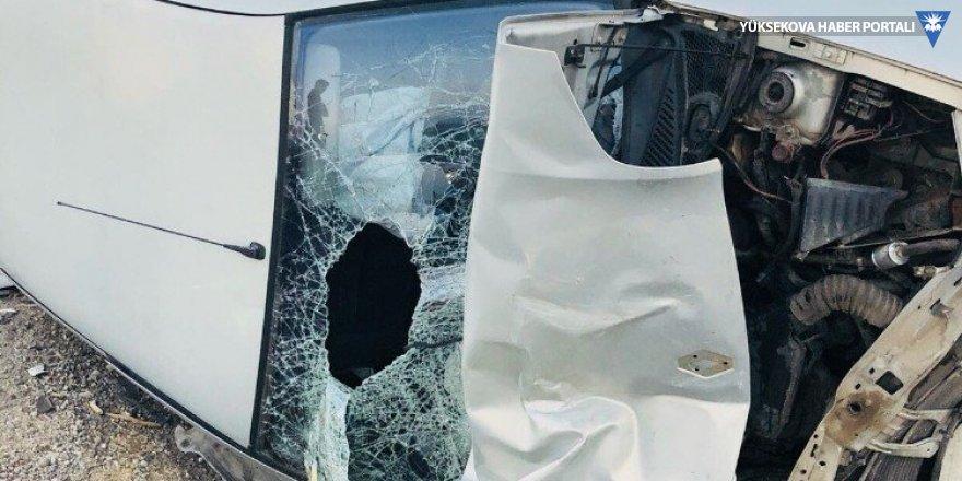 Cizre'de trafik kazası: 3 yaralı