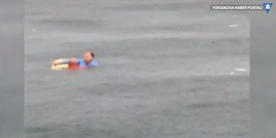 Bostancı sahilinde helikopter düştü