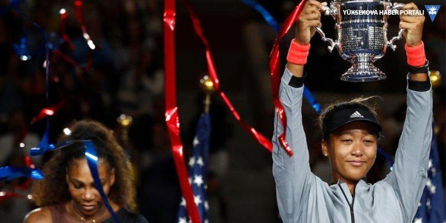 Serena Williams'ı yenen Naomi Osaka şampiyon oldu