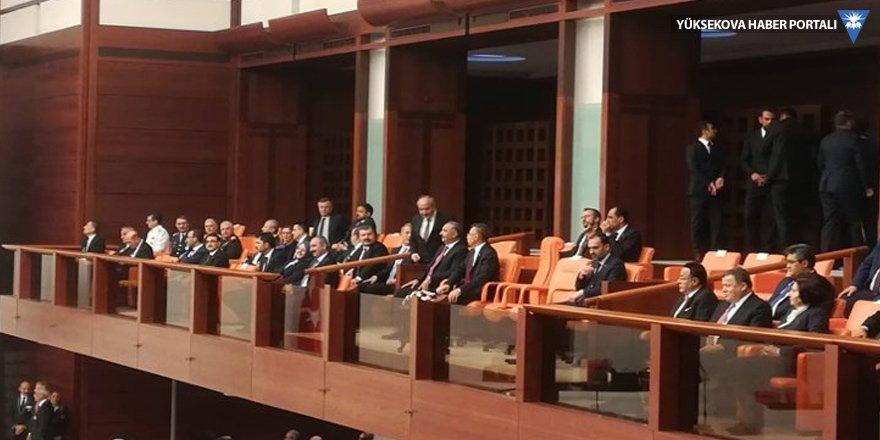 Bakanlar Meclis'i yukarıdan izledi