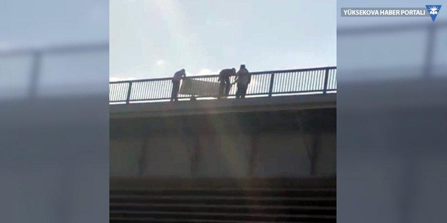 Osmangazi Köprüsü'nde kömür ocağı eylemi