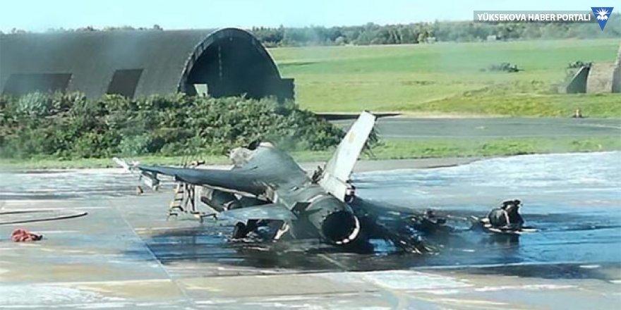 Hava üssünde F-16'ları yanlışlıkla vurdular