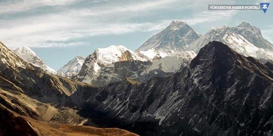 Himalaya Dağları'nda en az 9 dağcı yaşamını yitirdi