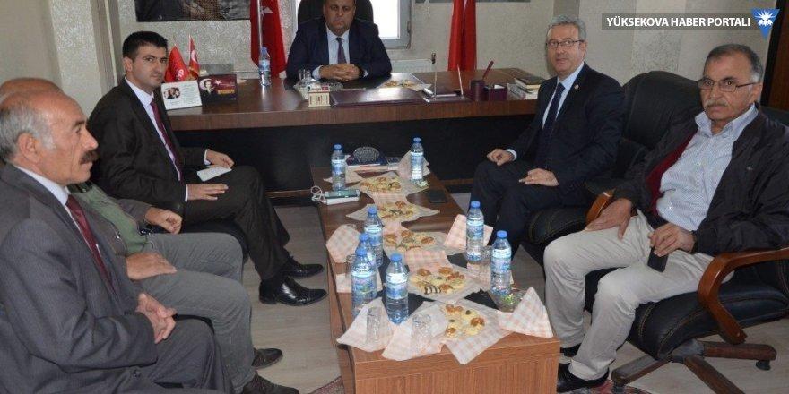 CHP milletvekilleri Hakkari'deydi