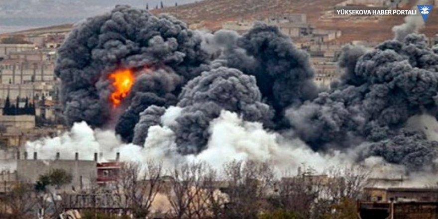 Koalisyon Deyrizor'da camiyi vurdu