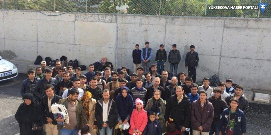 Van'da 56 kaçak göçmen yakalandı