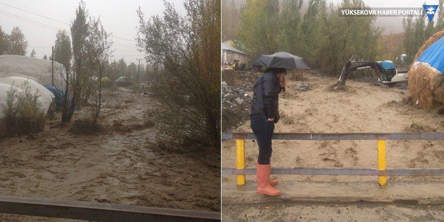 Adaklı ve Kadıköy'de sel felaketi: Köylüler destek bekliyor!