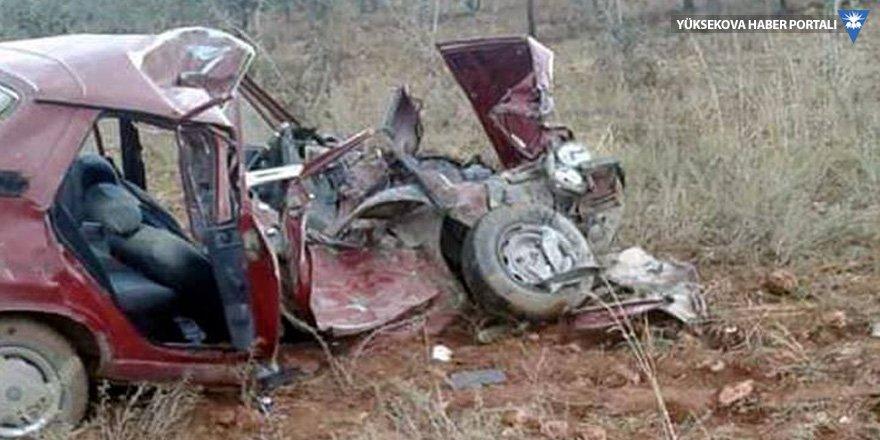 Kamyon şoförü çarpıp kaçtı: 3 ölü