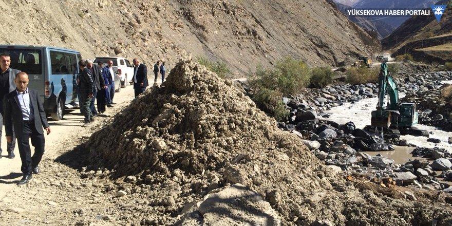 HDP'li Dede, sel felaketinin yaşandığı köyleri ziyaret etti